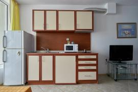 Elegant apartment in discreet colours on the first line in Bulgaria