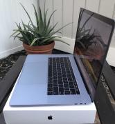 Яблоко MacBook Профессиональное 15.4 з аналогических середине 2017, пространства серый